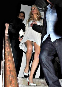 Paris Hilton upskirt on the stairs